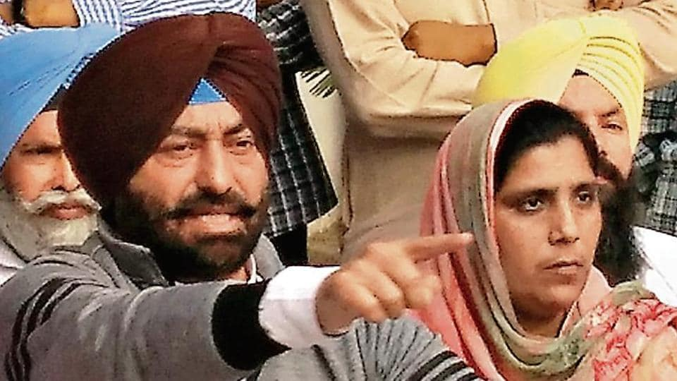 Leader of opposition Sukhpal Khaira at a press conference; 13 of 20 party MLAs were with him.