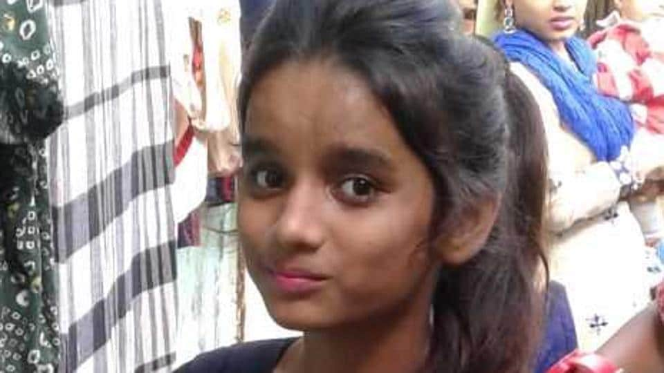 Muskan Memon, who died, was walking along Marve Road around 8am with three of her friends — all of whom are siblings — Neha Newati, 13, Kamal Newati, 12 and Bhupendra Newati, 9.