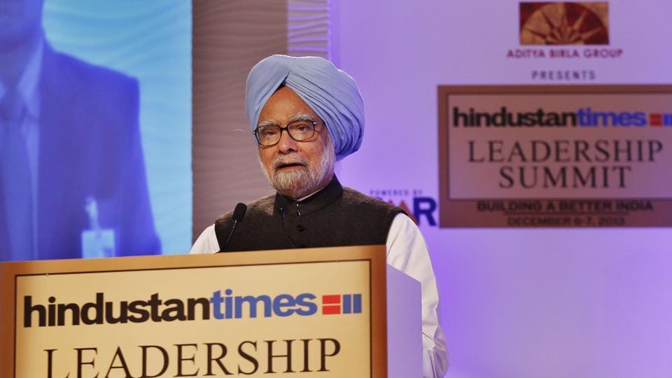 Former prime minister Manmohan Singh speaks at HTLS in 2013. (Ajay Aggarwal/HT File Photo)