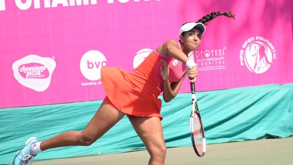 Zeel Desai edged out Mihika Yadav 7-5,7-5 to make it to the last eight of Pune Open ITF Women's Tournament in Balewadi.