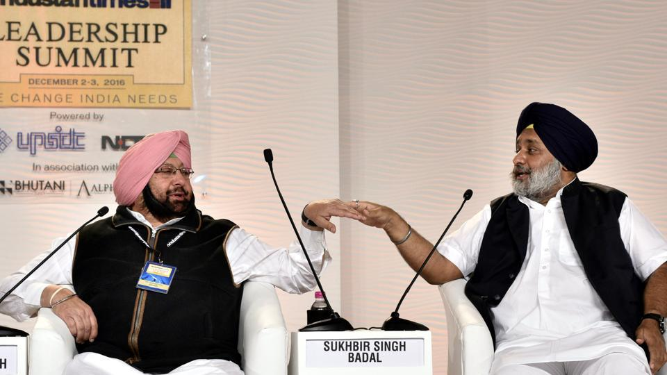 Sukhbir Singh Badal, former deputy CM and Punjab chief minister Captain Amarinder Singh in a discussion with Sonia Singh (not pictured) at the Hindustan Times Leadership Summit last year. (Arun Sharma/HT PHOTO)