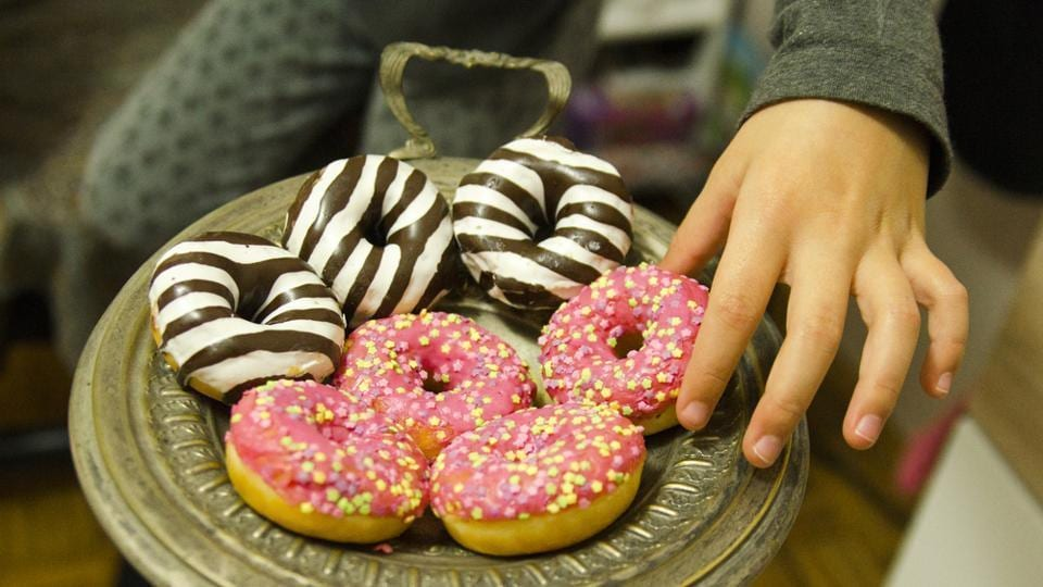 Children who had a higher amount of caries bacteria also had higher BMI and worse eating habits.