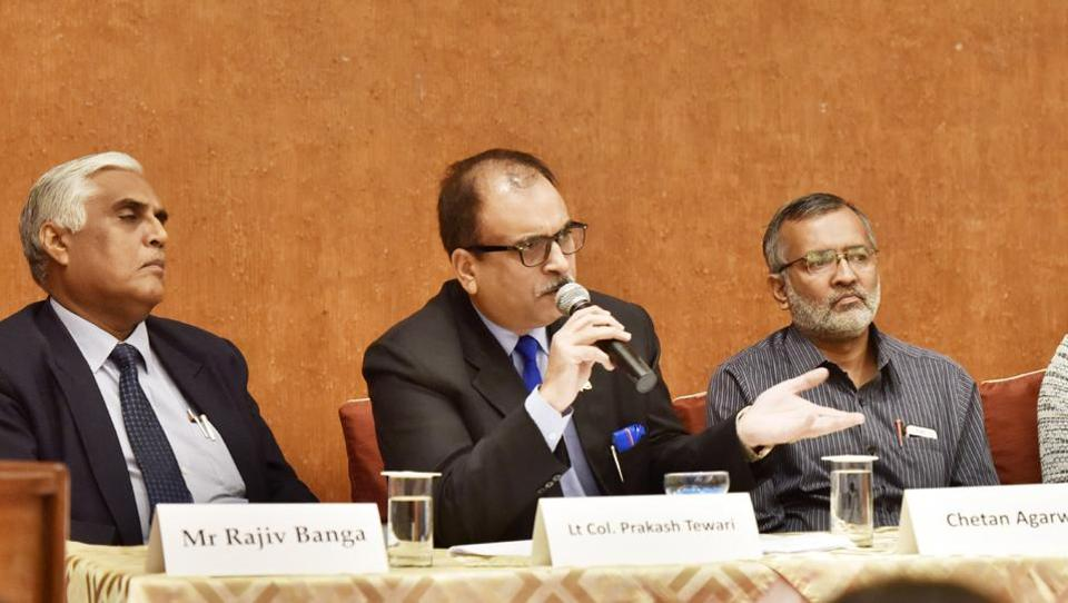(From left) MD & CEO Rapid Metro Rajiv Banga, CSR executive director Lt Col (retd) Prakash Tewari and environment analyst Chetan Agarwal at the seminar 'Tackling deteriorating air quality in Gurugram' on Thursday.