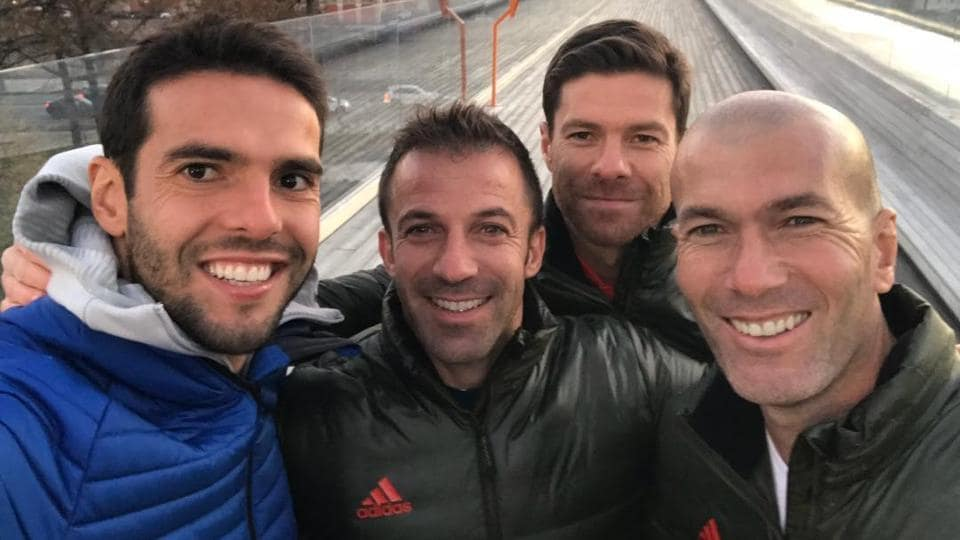 (L-R) Kaka, Alessandro Del Piero, XabiAlonso and Zinedine Zidane pose together for a selfie.