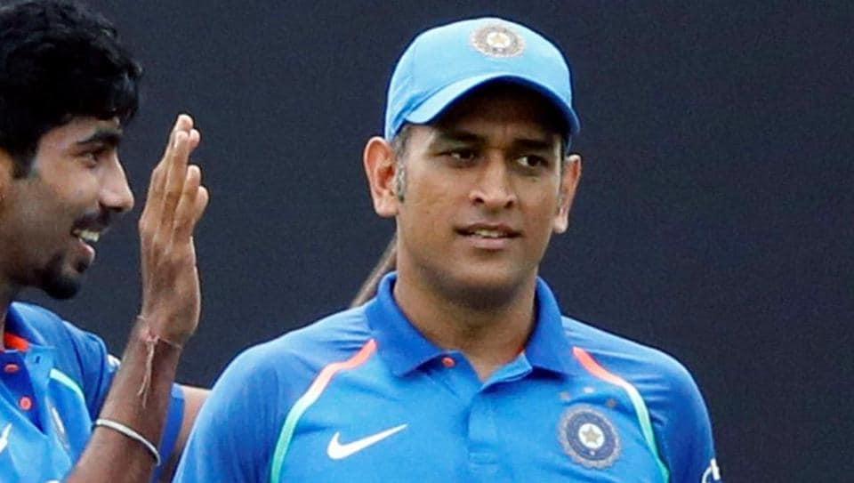 MS Dhoni,Ajit Agarkar,Indian cricket team