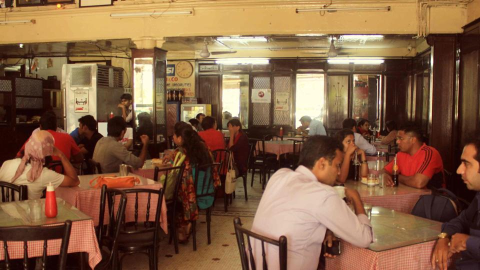 The initial 18% tax rates for air-conditioned restaurants and 12% for non air-conditioned restaurants were slashed to 5% GST on all food items, to be effective from November 15.