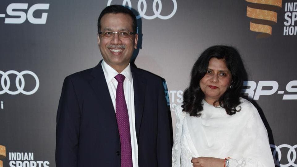 Sanjeev Goenka with wife Preeti. The inaugural edition of the Indian Sports Honours was organised by Goenka and Kohli. (Ht Photo)