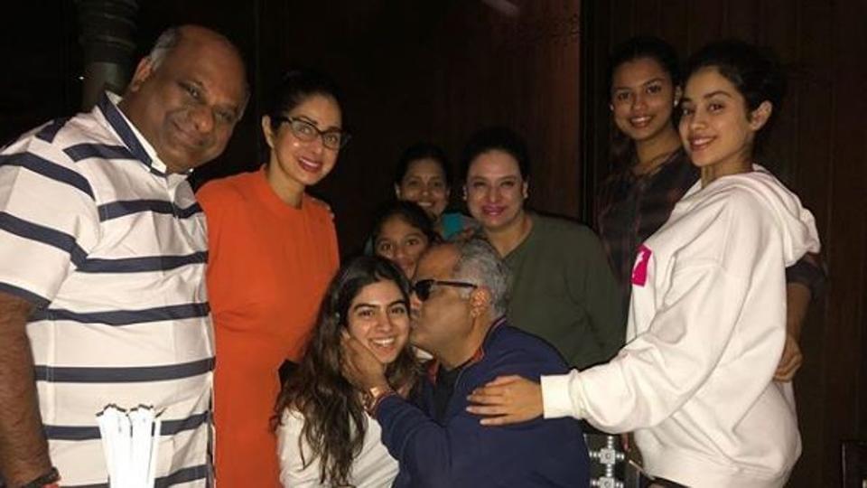 Boney Kapoor, Sridevi, Jhanvi and Khushi at their father's birthday bash.