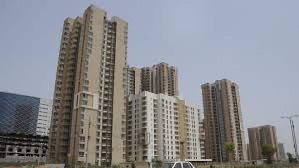 More than 1 lakh units remain unsold in Mumbai.
