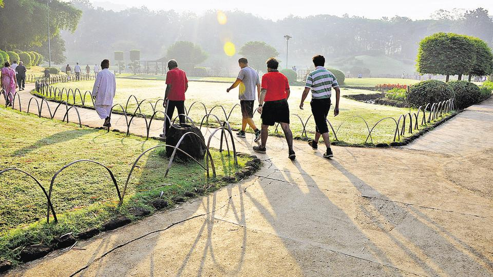 PL Deshpande Park on Sinhagad road is a favourite spot for people from all walks of life and age groups to take their morning walks.
