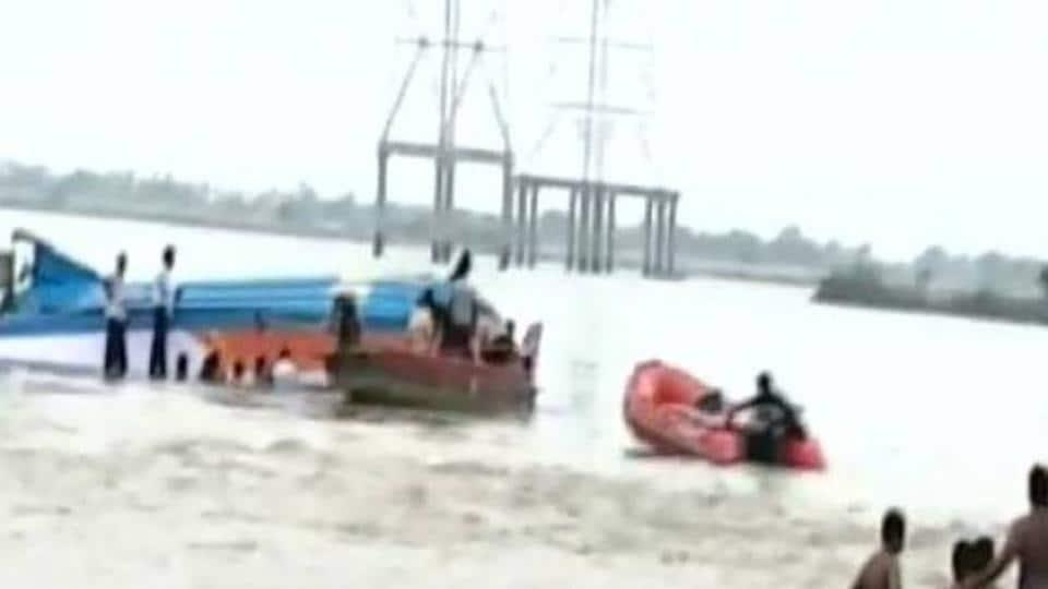 Vijayawada,Krishna River,Boat capsize
