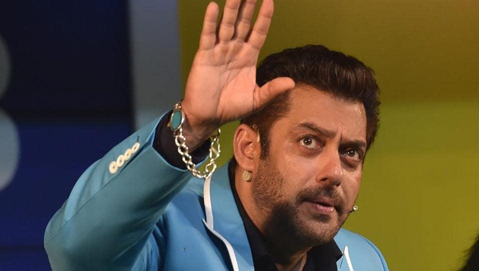 Salman Khan says people should watch Padmavati before forming opinions.