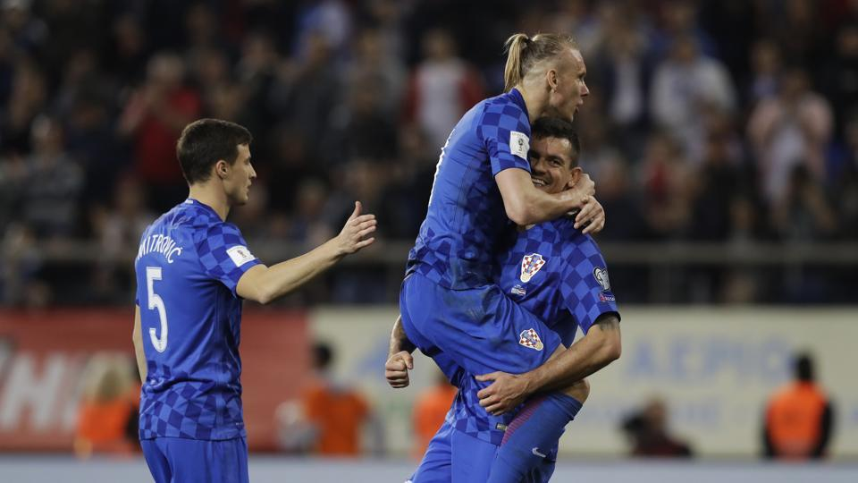 Croatia secured qualification for the 2018 FIFA World Cup in Russia after drawing the second leg against Greece 0-0, having won the first leg 4-1.