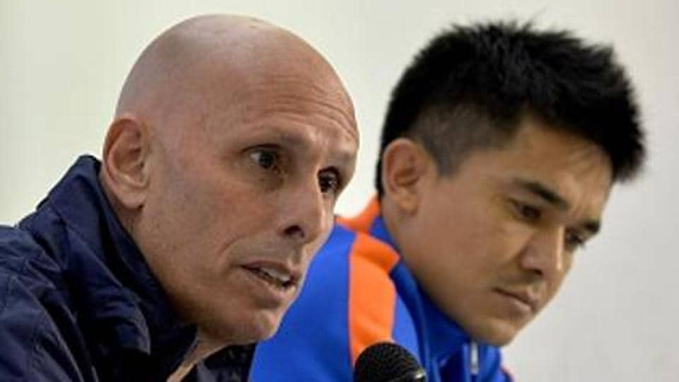 Stephen Constantine (L) is keen to start India's preparations for the 2019 AFC Asian Cup.