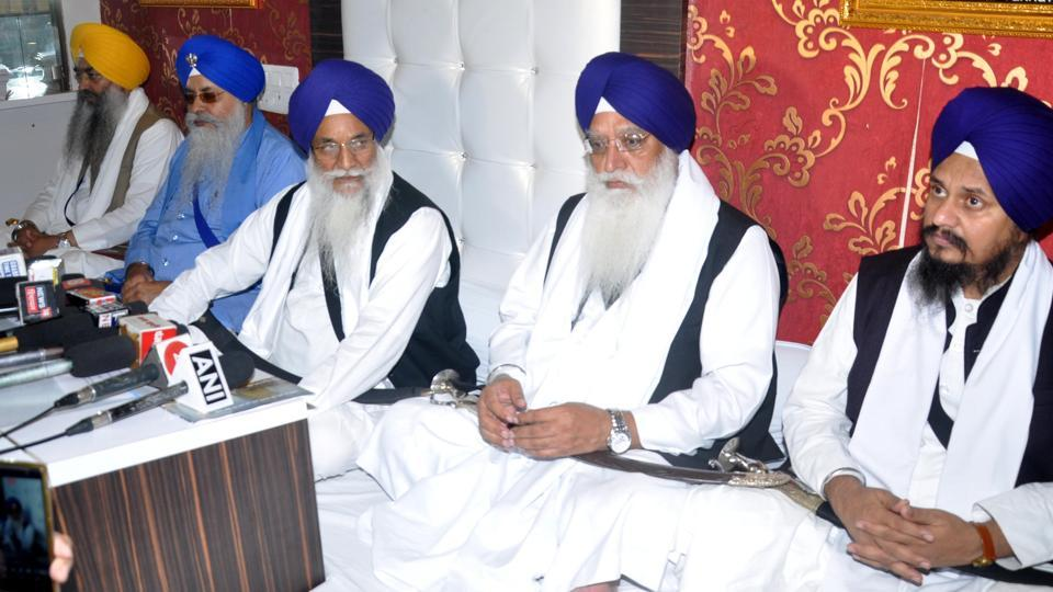 Akal Takht Jathedar Giani Gurbachan Singh (C) addressing a press conference at Akal Takht Secretariat at Golden Temple, Amritsar on Monday