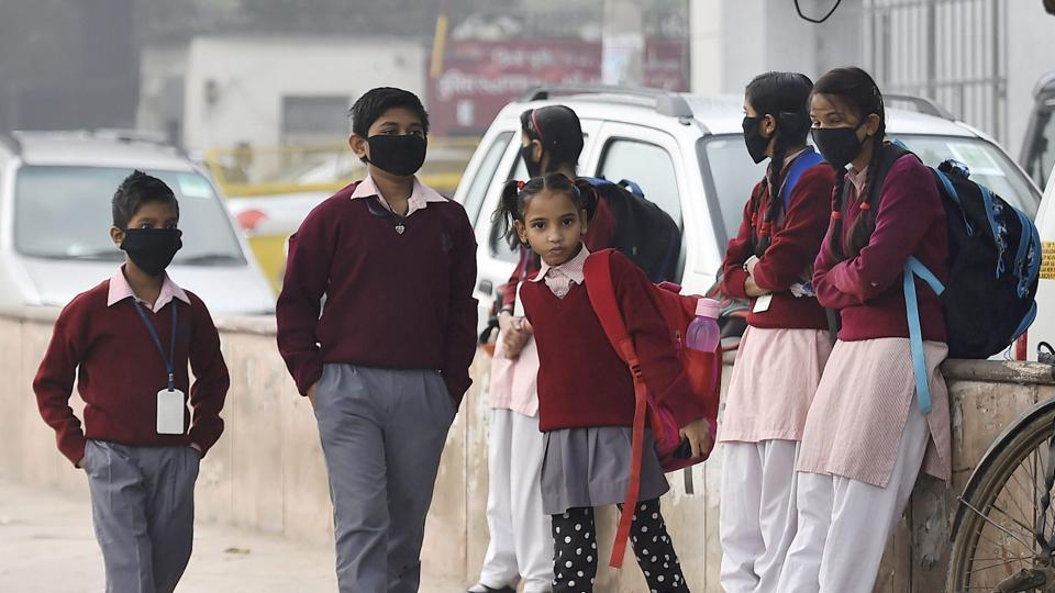 Delhi air pollution,Delhi pollution live updates,Delhi air quality