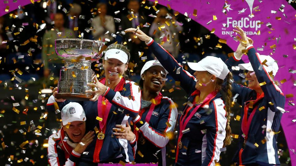 The United States of America broke a 17-year jinx as they defeated Belarus 3-2 in a tense encounter to clinch the Fed Cup after 2000.