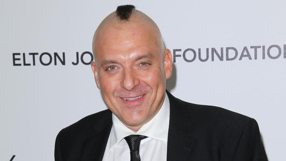 Tom Sizemore has a history of violence.