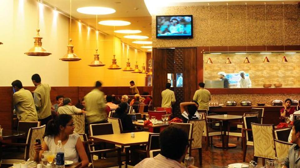 GST,Mumbai hotels,Mumbai eating out