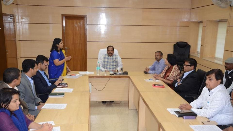 Personnel and administrative reforms department secretary Nidhi Khare explains about online leave management system