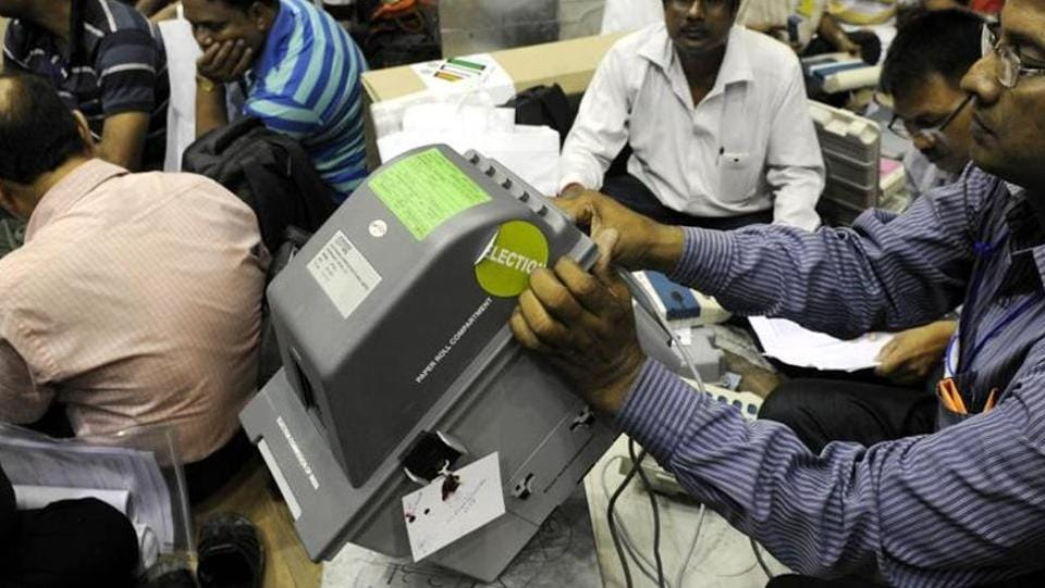 A total of 7,525 VVPAT machines were used in Himachal .