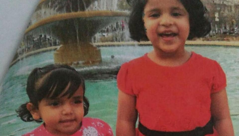 Sherin Mathews (left) with Shaina, her sister in US.