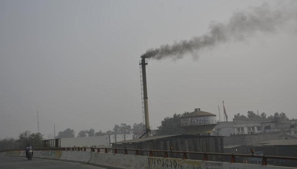 the pollution level has not been reined in and remained under the 'severe' category, as per the air quality index of the Central Pollution Control Board (CPCB).