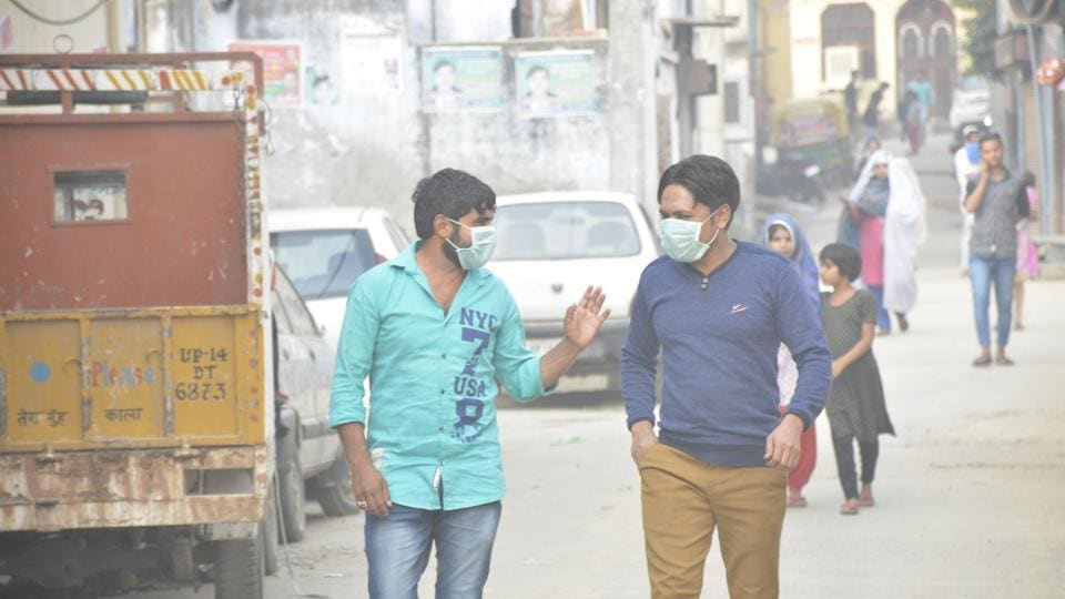 On November 7, Delhi's Air Quality Index (AQI) hit severe levels with 448. As of Monday night, it remains around similar levels. This was triggered by the anti-cyclonic weather, EPCA said.
