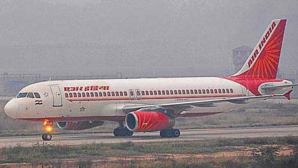 Indigo and KLM flights from Mumbai and Spicejet's from Srinagar also reached late at the Chandigarh airport.