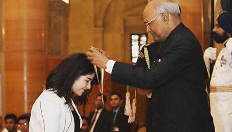 Zaira Wasim,Zaira Wasim award,Zaira Wasim President Kovind