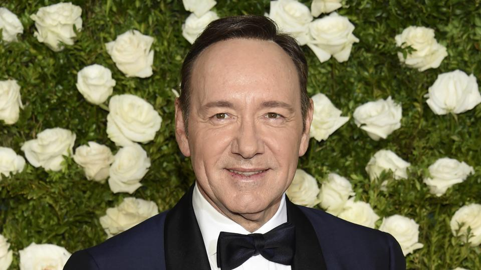 Kevin Spacey,Kevin Spacey Sexual Harassment,Kevin Spacey Old Vic