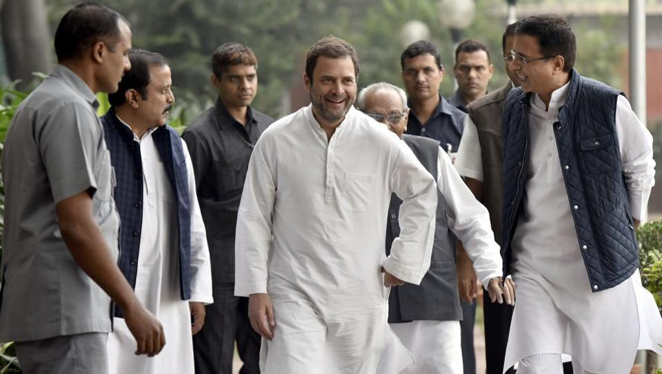 After barring 'Pappu', EC clears Guj BJP ad with word 'yuvraj'