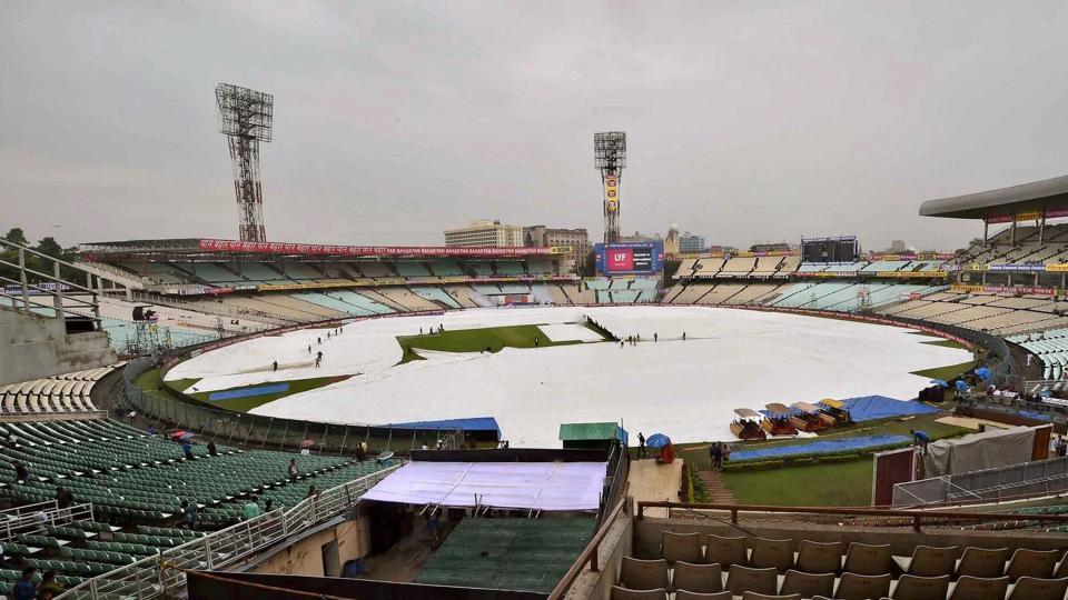 Bad light and rain led to multiple interruptions before umpires decided to call off the day's play with just 11.5 overs being bowled. (PTI)