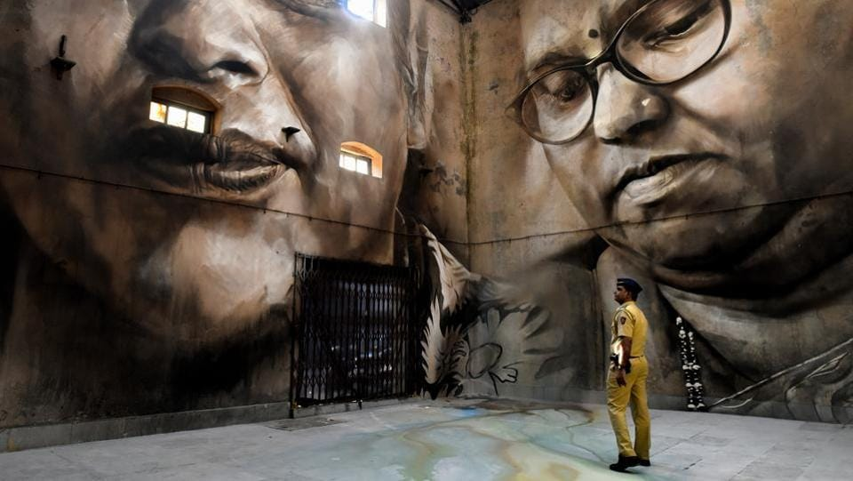 The exhibits include large portraits of the Koli fisherfolk -believed to be Mumbai's original inhabitants. They worship the goddess Mumbadevi, after whom the city is named. The brightly-painted murals represent women from the community. (Anshuman Poyrekar / HT Photo)