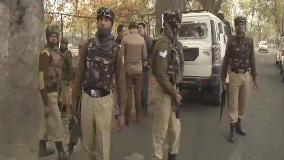 Srinagar militants,Jammu and Kashmir,kashmir militancy
