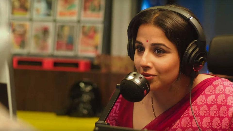 """Tumhari Sulu has brilliant actors, a perfect take on everyday life, charming narrative, as well as an interesting feminist angle to the story but as Vidya says in the film, balance """""""
