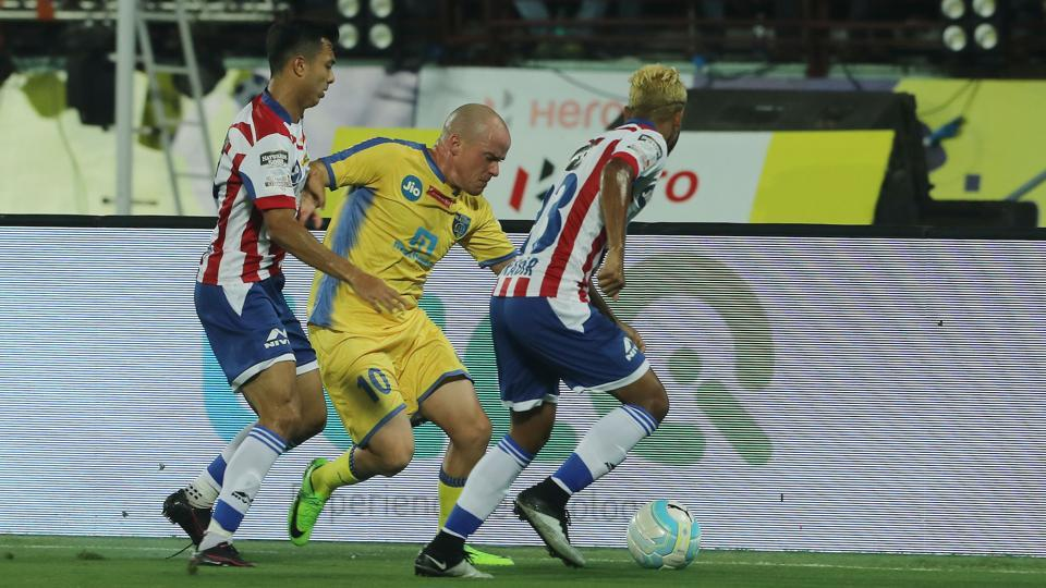 Kerala Blasters opened their Indian Super League (ISL) 2016-17 campaign with a 0-0 draw over defending champions ATK.  (ISL / SPORTZPICS)