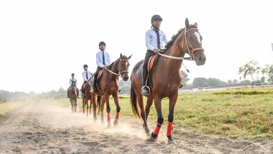 Horse riders prepare for the events at the Southern Star Horse Show-2017 in Pune. (Sanket Wankhade/HT PHOTO)