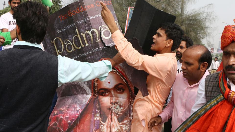 Members of the Rajput community stage a protest against the release of 'Padmavati' in Noida. Objections raised against the film include an alleged romance between Deepika Padukone's Padmavati and Ranveer Singh's Khilji, distortion of history in the film, and the 'ghomaar' song which portrays Padmavati as a 'painted doll'among others. (Salman Ali / HT Photo)