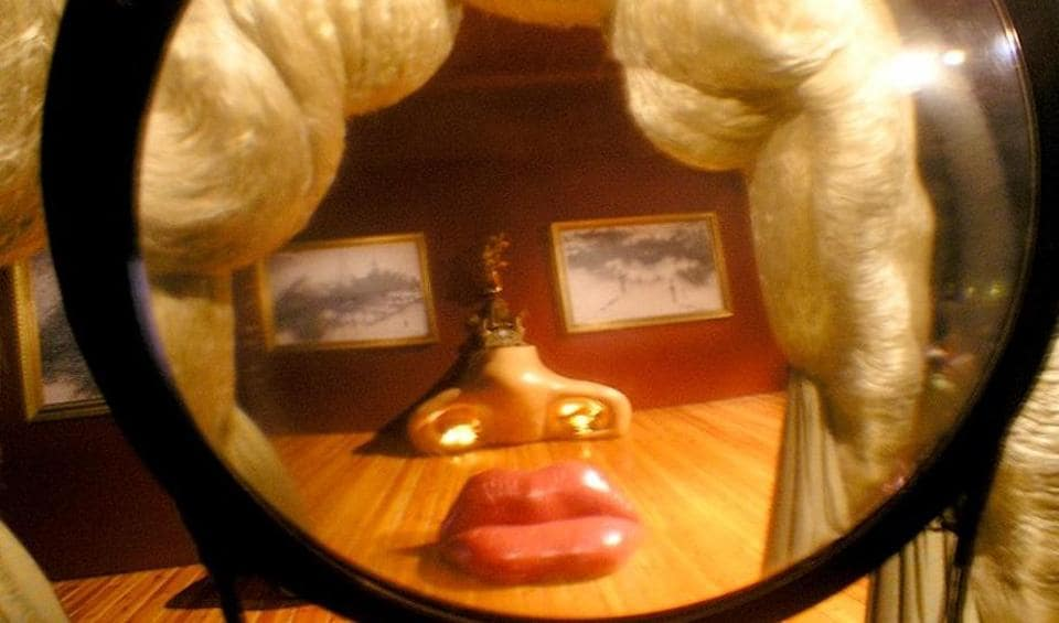 Salvador Dali S Famous Mae West Lips Sofa May Leave Uk If