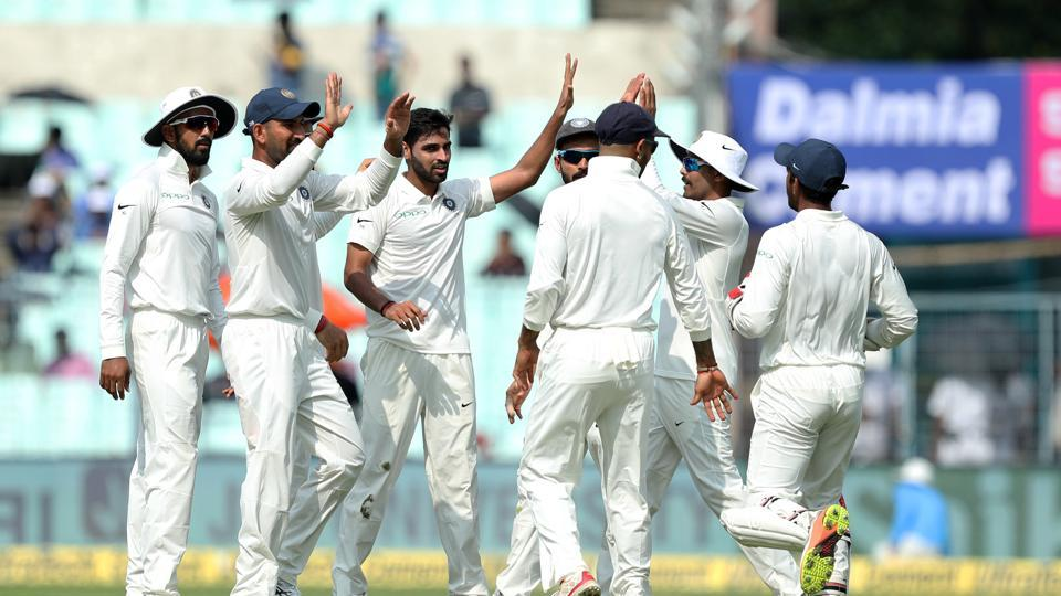 Bhuvneshwar Kumar and Umesh Yadav picked up two wickets apiece as India fought hard against Sri Lanka in Kolkata but the visitors trailed by just seven runs at the end of day 3. (BCCI)