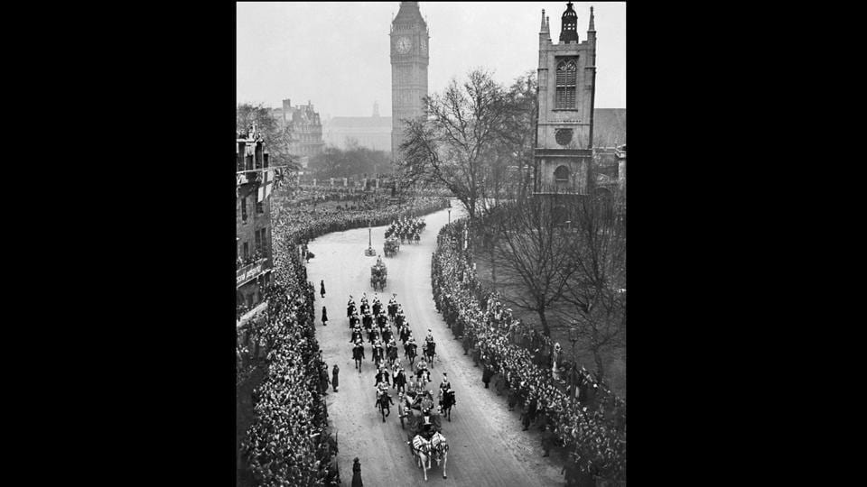 A large crowd salutes Princess Elizabeth and Philip Duke of Edinburgh as they pass in a horse drawn carriage, on their wedding day in London. When 21-year-old Princess Elizabeth married 26-year-old Lieutenant Philip Mountbatten at Westminster Abbey in 1947, the wedding sparked joy in a country recovering from World War II. The Queen is the first monarch in British history to celebrate a platinum wedding anniversary. (AFP Photo)