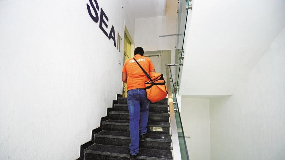 A Grofers delivery executive on the job.