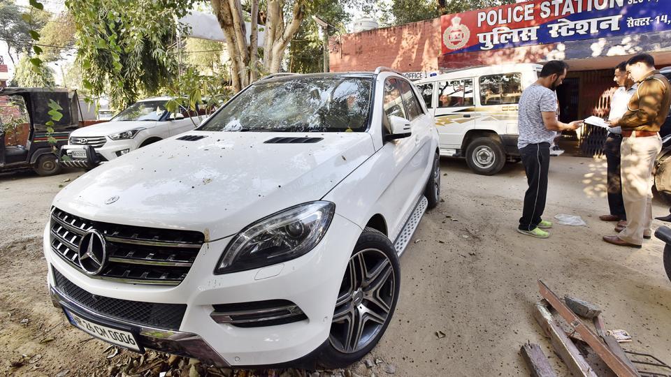Mercedes accident,Gurgaon news,Gurugram news