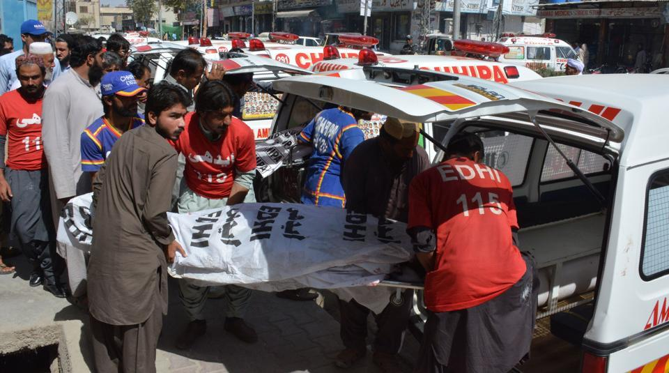 25 people killed in road accidents in Pakistan