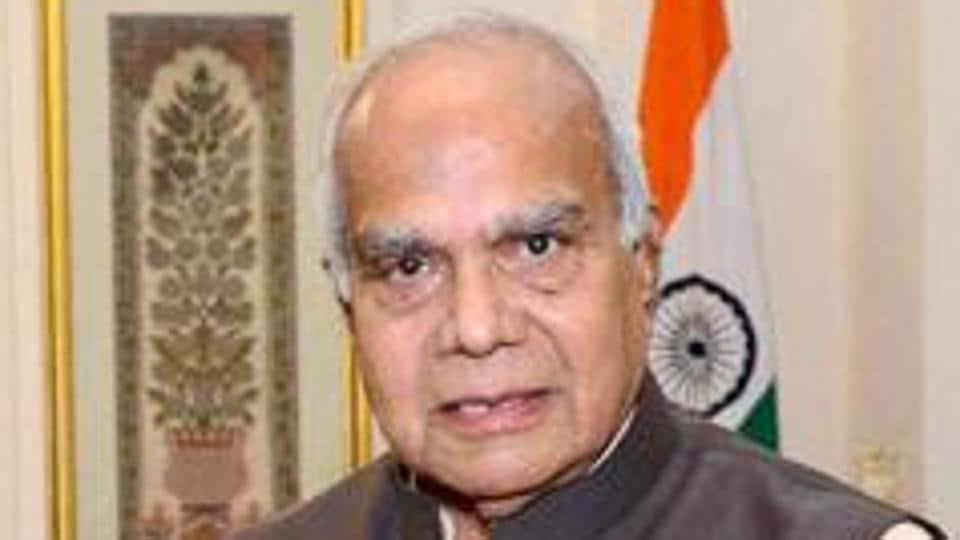 Banwarilal Purohit,Tamil Nadu governor,DMK