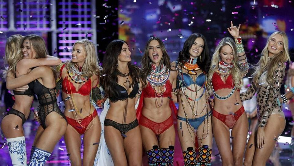 Victoria's Secret,Victoria's Secret Fashion Show,Victoria's Secret China