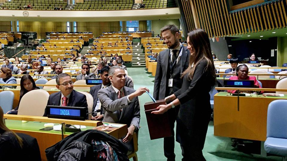 India's Permanent Representative to the UN, Syed Akberuddin, casts his vote in the United Nations General Assembly for the election of five members of the International Court of Justice, in New York on Monday.