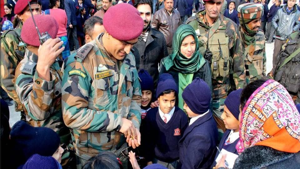 MS Dhoni interacts with students of Army Public School, Srinagar.