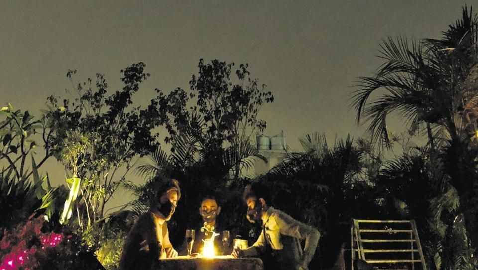 Uday Park,candle-light dinner,Delhi pollution